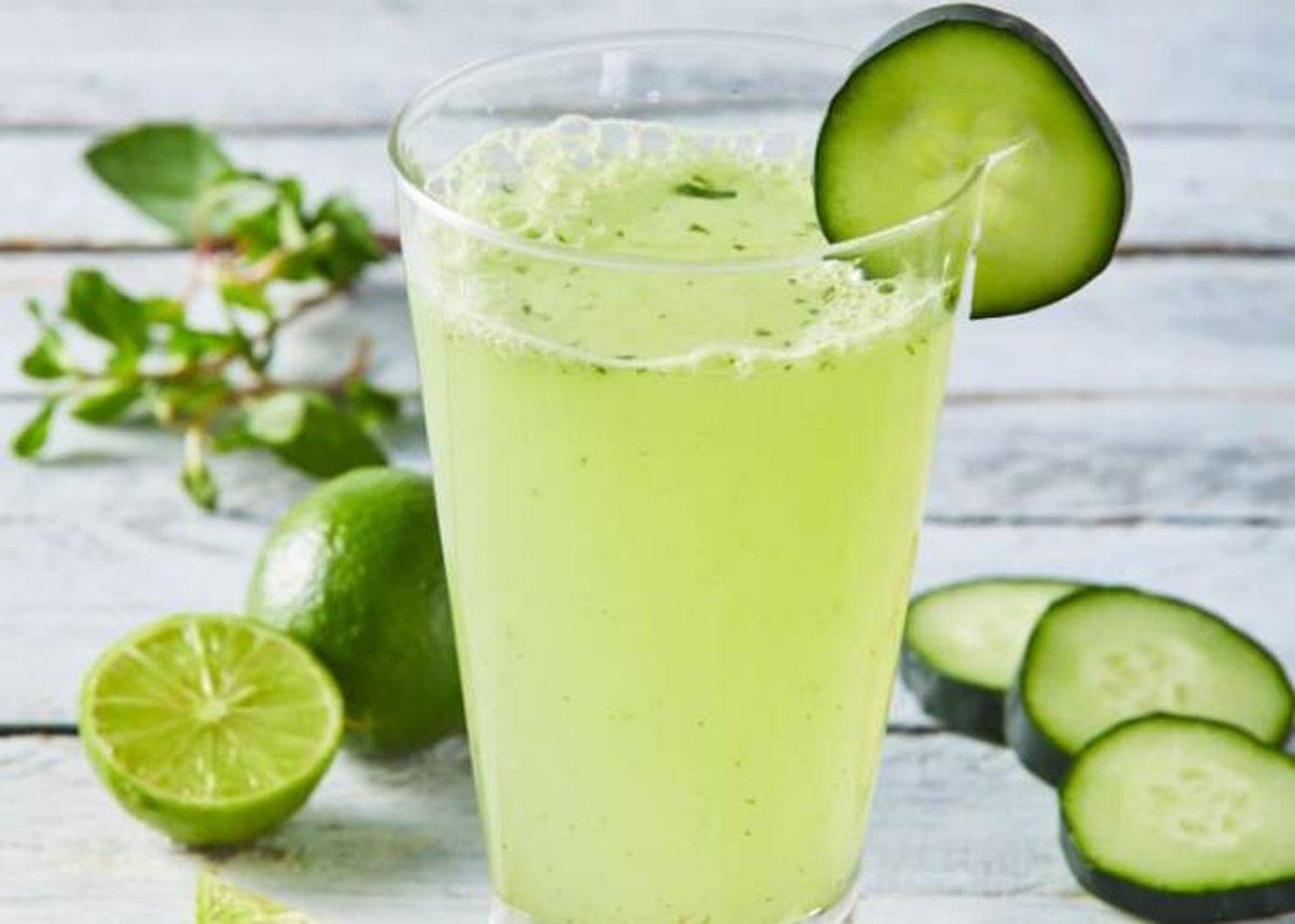 Vaso-con-limonada-pepino